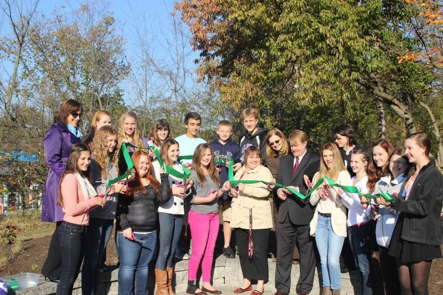 Students cut ribbon, open Bioswale