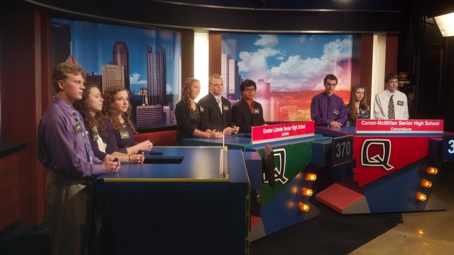 Students bring Hometown High Q victory