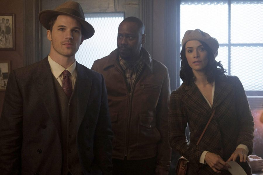 TIMELESS+--+%22Pilot%22+--+Pictured%3A+%28l-r%29+Matt+Lanter+as+Wyatt+Logan%2C+Malcolm+Barrett+as+Rufus+Carlin%2C+Abigail+Spencer+as+Lucy+Preston+--+%28Photo+by%3A+Joe+Lederer%2FNBC%29