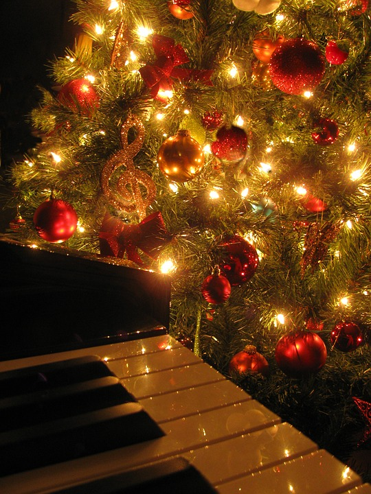 photo via pixabay under creative commons license - Pop Christmas Music