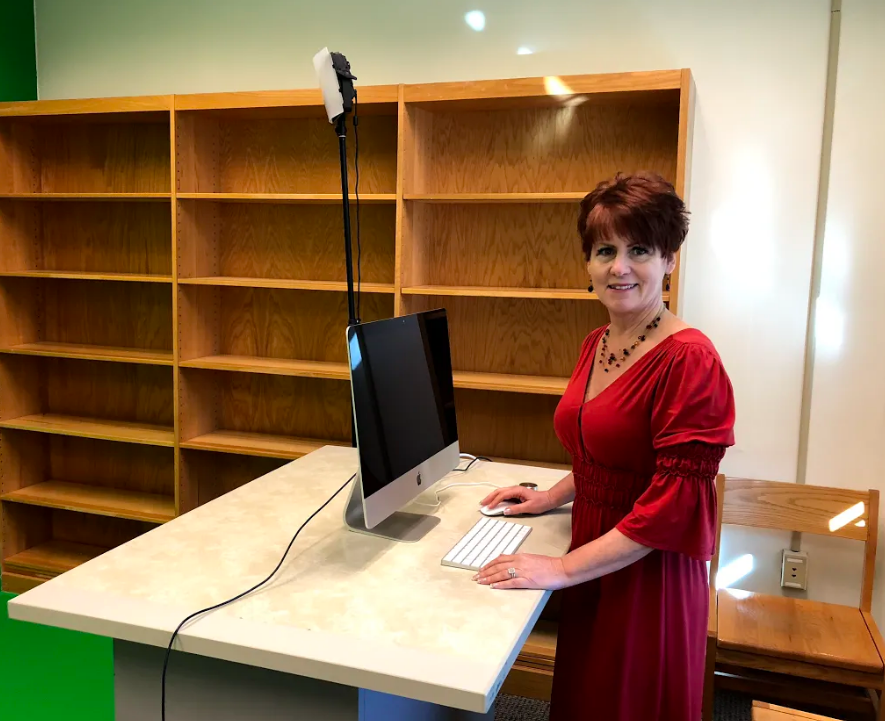 Library introduces new technology for students