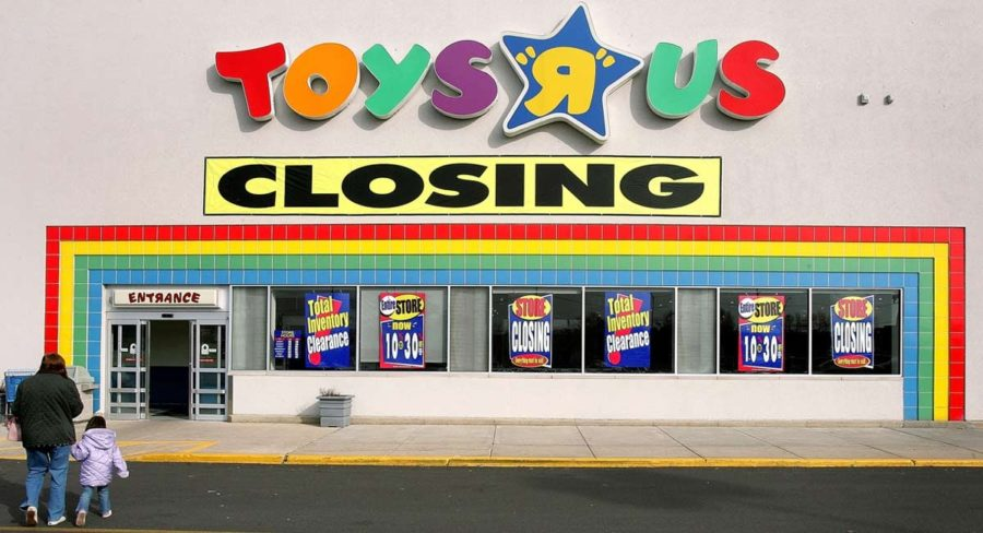 Toys+R+Us+closing+ends+child+nostalgia