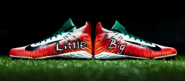Lavonte David's cleats for