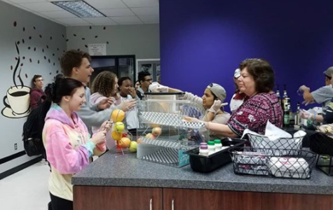 Students enjoy Baldwin Bean coffee shop during first and second period.