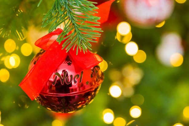 There have been so few original and widely popularized Christmas songs since the 1960s that they can almost be counted on one hand.