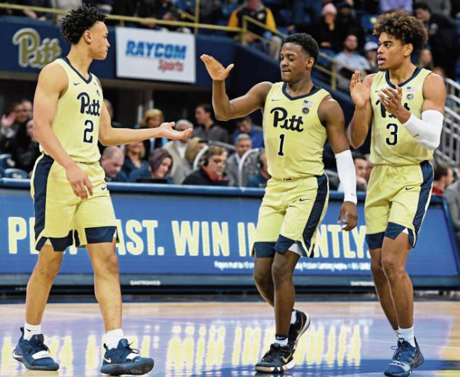 After+two+seasons+of+painful+losses%2C+embarrassing+performances%2C+and+an+empty+Petersen+Event+Center+under+Head+Coach+Kevin+Stallings%2C+Pitt+basketball+is+back+on+track.