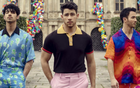 Staff writers Avery Greenaway, Cassie Snyder, and Elizabeth Solenday discuss which Jonas Brother is the best based on their personalities and talent.