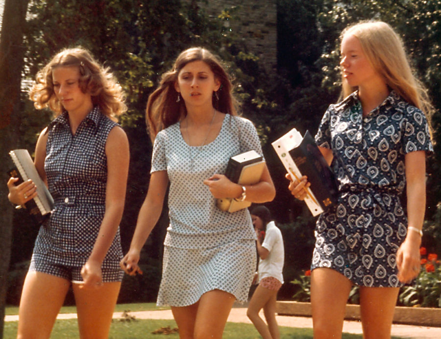 Fashion seems to be mostly centered around comfort, making the '70s one of the most popular trending fashion statements.