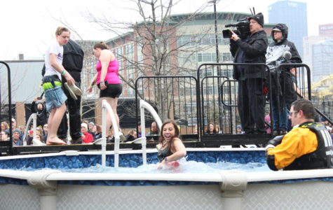 VIDEO: Special Olympics Club takes the plunge for a great cause