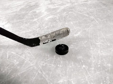 The ice hockey team defeated Moon township on Monday night for their fourth straight win.