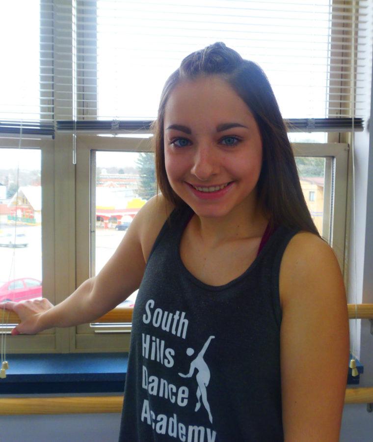 Danielle+Eggert+teaches+at+South+Hills+Dance+Academy.