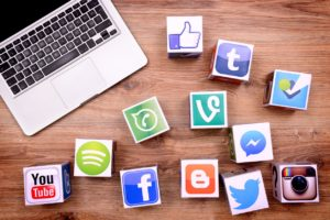 Two Staff Writers discuss the pros and cons of social media.